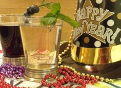 Another great (and quick!) mocktail for all phases: Balsamic Sparkles