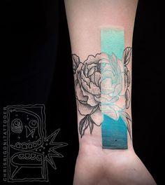 Couleurs et géométrie dans les tatouages de Chris Rigoni