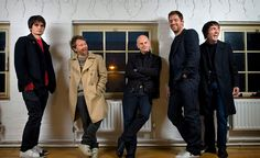 Radiohead Find Inspiration in Kraftwerk and Sepultura? Sound Of Music, New Music, Music Beats, Radios, Blue Soul, Colin Greenwood, Radiohead Albums, Thom Yorke Radiohead, Bands