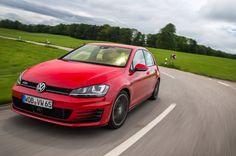 Viele Autos sind bei der Kfz-Versicherung in eine neue Typklasse eingestuft…