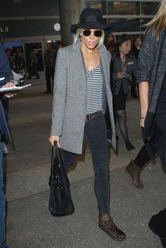Vote! Which Celebrity Had the Best Weekend Street Style? // Sienna Miller