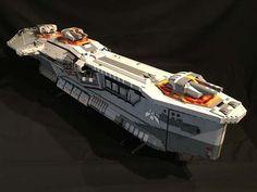 The Hiigaran Destroyer Starship Built with LEGO Bricks |Gadgetsin