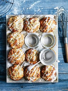 Donna Hay - lemon chia and ricotta muffins Brunch Recipes, Healthy Dinner Recipes, Sweet Recipes, Breakfast Recipes, Dessert Recipes, Ricotta Recipes Healthy, Healthy Options, Cupcake Recipes, Donna Hay Recipes