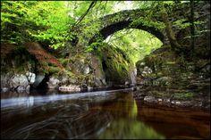 fyeahbritishisles:    Dunkeld, Scotland
