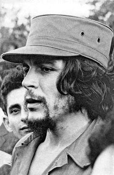 Che Guevara Pictures, Che Guevara Images, Che Quevara, Peaky Blinders Thomas, Celebridades Fashion, Bob Marley Pictures, Ernesto Che Guevara, Communist Propaganda, Fidel Castro