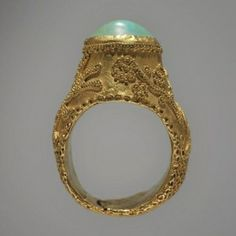 Persian Ring. 13th century. Gold, turquoise #PersianRing #MiddleAgesJewelry #VonGiesbrechtJewels