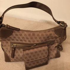 Dooney & Bourke Handbag & Wallet Medium size Handbag with Wallet. Non-smoker. Dooney & Bourke Bags Shoulder Bags