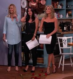 Lisa Kudrow, Courteney Cox y Jennifer Aniston, juntas 20 años después de 'Friends'