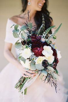Many brides think that wildflower wedding bouquets are only for the boho brides, we disagree! Get ready to fall in love with this beautiful ideas. #wedding #bride #weddingbouquets #wildflowerweddingbouquets Green And Burgundy Wedding, Burgundy Wedding Flowers, Burgundy Bouquet, Floral Wedding, Wedding Colors, Fall Flowers, Green Flowers, Bouquet Bride, Wedding Bouquets