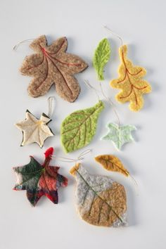 Sweet felt leaves - would make a great necklace or collection of brooches