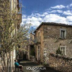 Abruzzo: #VILLA #SANTA #MARIA DEGLI ABRUZZI (AQ)  Foto di @mat... (volgoabruzzo) (link: http://ift.tt/2dQTHMn )