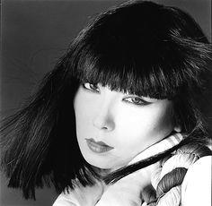 Sayoko Yamaguchi 山口小夜子 撮影:横木安良夫 1977年
