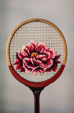 danielle-clough-turns-tennis-rackets-into-art-bjects-3 More