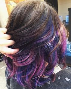 43 Amazing Dark Purple Hair, Balayage/Ombre/violet - New Hair Styles 2018 Ombre Hair, Balayage Hair, Pastel Hair, Hair Dye, Dark Purple Hair, Hair Color Purple, Pink Blue, Color Blue, Brown Hair Purple Highlights