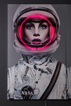 Art | Neon Art | Neon Space Girl