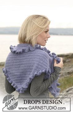 "Crochet DROPS shawl with wavy border in 2 threads ""Alpaca"". ~ DROPS Design"