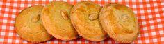 Een gevulde koek is een ronde koek, gemaakt van boterdeeg en met een zoete vulling. Annemarie Pronk deelt in Tijd voor MAX haar recept voor gevulde koeken.