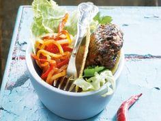 Mexicaanse tacoburger met peperonata - serveer 'm eens in een tacoschelp