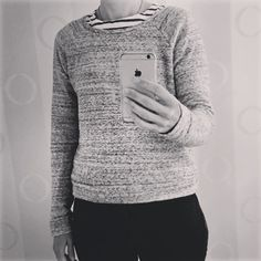 Day 24: traveling today and wearing my cozy @grainlinestudio Linden! #lindensweatshirt #mmmay16 #memademay by weliketosew