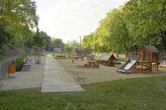 Park Thomayerovy sady, Meadow at the River