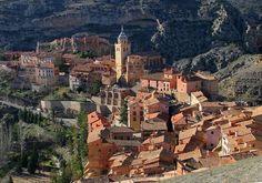 En el Día Mundial de las Ciudades: vivan nuestro pueblos! Este es uno de mis favoritos: Albarracín #slowlife