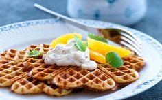 Full-grain waffles with orange cream