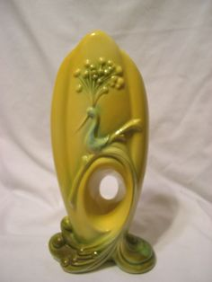 Vintage Hull Pottery 73 USA tall yellow peacock bird thumb hole VASE excellent