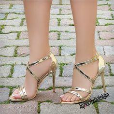 Espanol Dore İnce Topuklu Abiye Ayakkabı #gold #heels #shoes