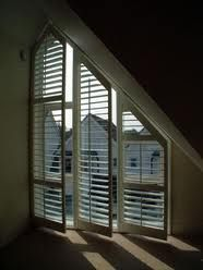 Only half the triangle but shutters? ..