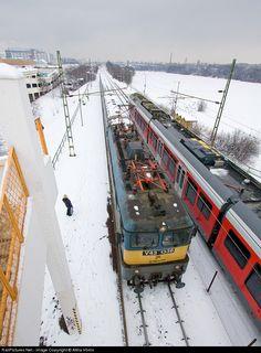 RailPictures.Net Photo: 1336 Hungarian State Railways (MÁV) V43 at Budapest, Hungary by Attila Vörös
