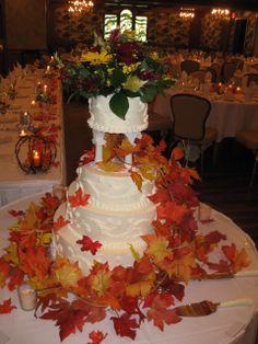 maple leaf wedding cake   Royal wedding cake' Wedding Idea for a royal wedding 'Fall Wedding ...
