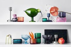 "Figur ""Birds by Toikka Mari"" von Iittala - Bild 28 Minimalist Home, Colored Glass, Floating Shelves, Household, House Design, Vase, Interior Design, Koti, Furniture"