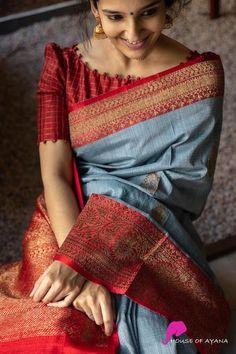 New Saree Blouse Designs, Blouse Designs High Neck, Simple Blouse Designs, Stylish Blouse Design, Bridal Blouse Designs, Indian Blouse Designs, Blouse Patterns, Pattern Blouses For Sarees, Kalamkari Blouses