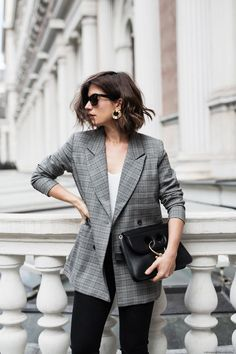 I am all about the check trend right now, no matter if it's a sophisticated suit, an oversized coat or, as in this case, a double-breasted checked blazer. #Blazers