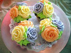 Fancy bouquet cupcakes.