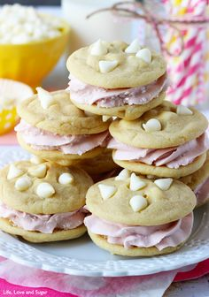 Lemon Raspberry Cookie Sandwich #desserts #dessertrecipes #yummy #delicious #food #sweet
