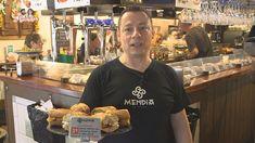 Vídeo: El bodegón Mendia de Santutxu en Bilbao, un local con cerca de 50 bocadillos distintos. Nos enseña a preparar uno de los preferidos de los clientes: calamardo Bilbao, Bar, Cooking Recipes, Bakery Decor, Star, Thermomix