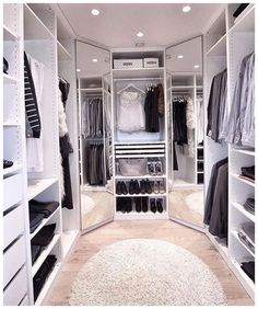 Below are the Closet Design Ideas For Your Home. This post about Closet Design Ideas For Your Home was posted … Walk In Closet Design, Bedroom Closet Design, Master Bedroom Closet, Closet Designs, Small Walk In Closet Ideas, Rich Girl Bedroom, Dressing Room Closet, Dressing Room Design, Dressing Rooms