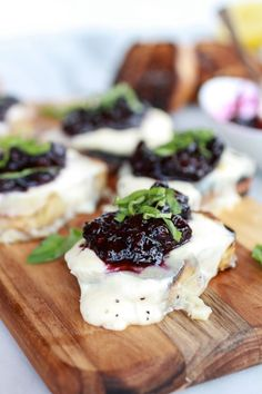 Blueberry Basil Balsamic Mozzarella Crisps. #food #blueberries #appetizers #starters