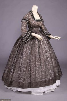 1850s Fashion, Victorian Fashion, Vintage Fashion, Gauze Dress, Sheer Dress, Pink Evening Gowns, Tea Gown, Civil War Dress, Clothing And Textile