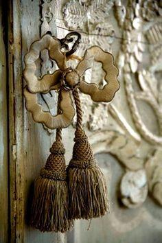 Antique Hardware Door Knob Decor