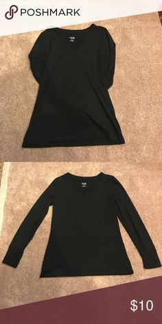 Black long sleeve basic shirt! Black long sleeve basic! Great condition! Smoke free, pet free home! Barely worn, found out I accidentally bought 2 of the same shirt! Bundle to receive a private offer! Everything must go by 8/20! Mossimo Supply Co Tops Tees - Short Sleeve