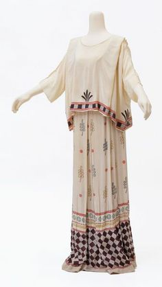 Theatre costume  Date: 1913  Artist/Maker: Rutherston, born 1881 - died 1953 (designers)  Museum number: S.1354-1984  Gallery location: In S...