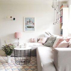 Natürlich sommerlich! Die schönsten Wohnideen aus dem Juli | Foto von Mitglied pantella #SoLebIch #decor #decoration #dekoration #deko #wohnzimmer #livingroom #pink #rosa #nude