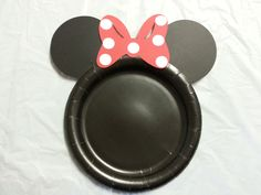 Minnie Mouse Birthday Party Dinner Plates with red bow set of 12. $8.00, via Etsy.