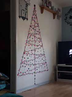 Button Christmas tree (add lights).