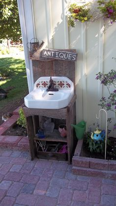 outdoor sink - great for quick wash ups!