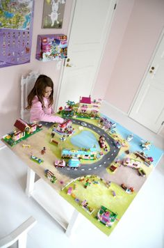 Lego girl table