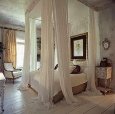 yatak odasında cibinlik