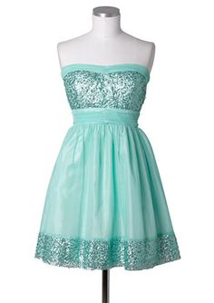 If only freshman could wear color to formal!